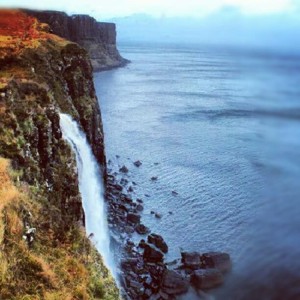 kilt rock waterfall