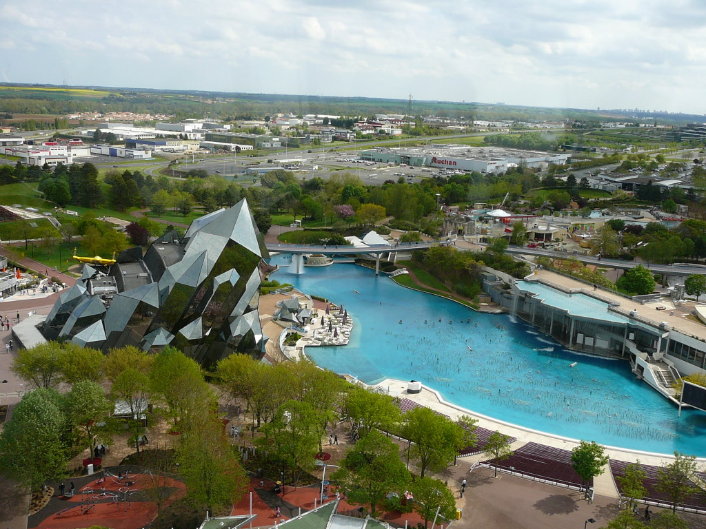 Futuroscope_from_the_tower