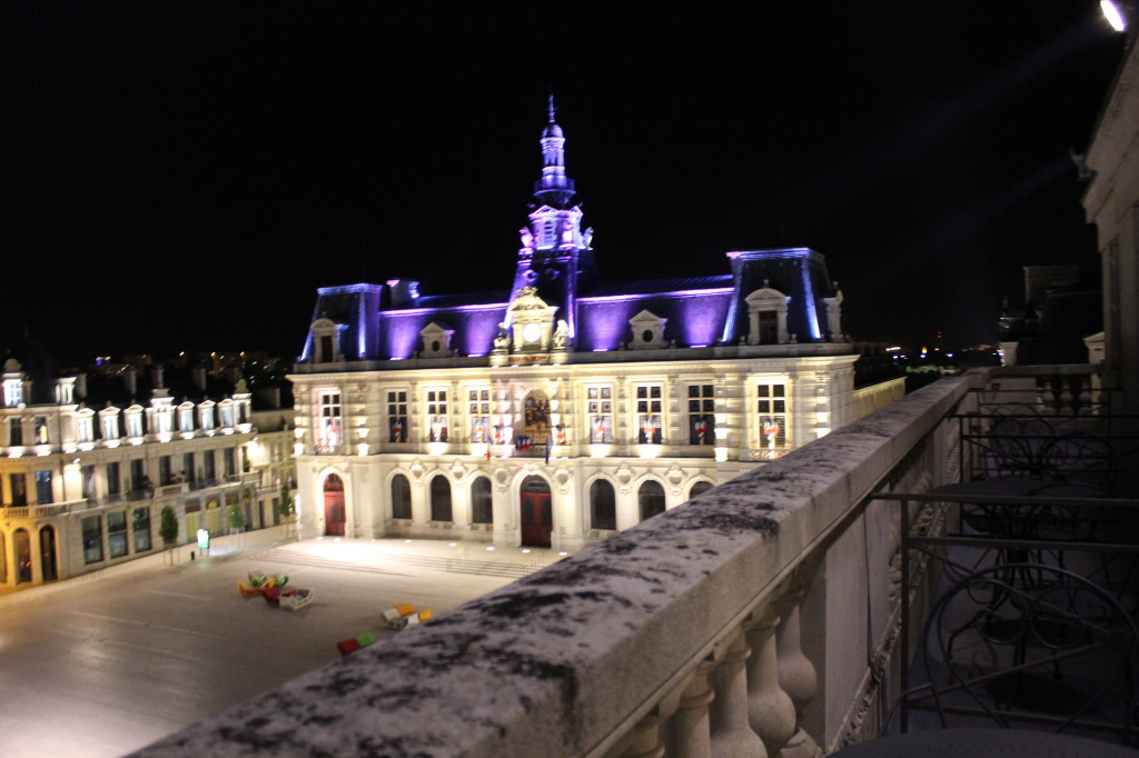 poitiers-town-hall