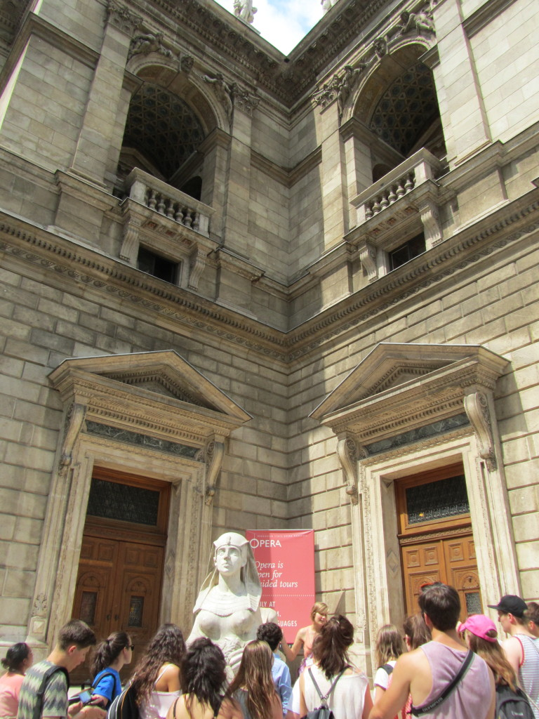 Budapest-Opera-Free-Walking-Tour