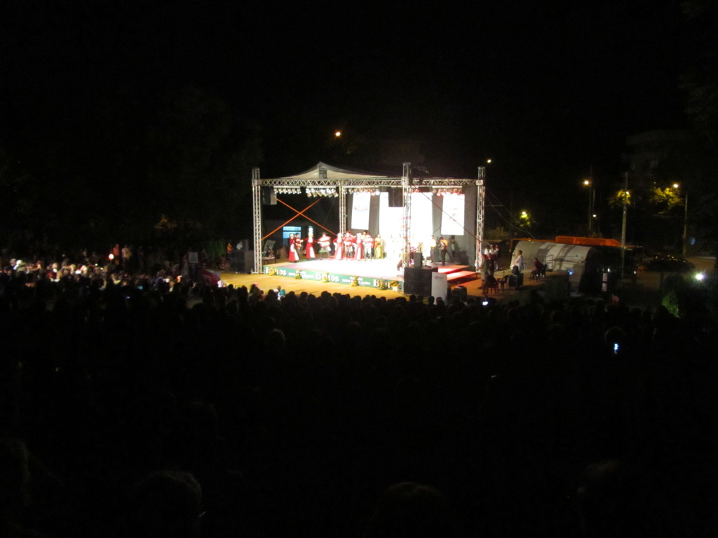 International-folklore-featival-veliko-tarnovo-bulgaria