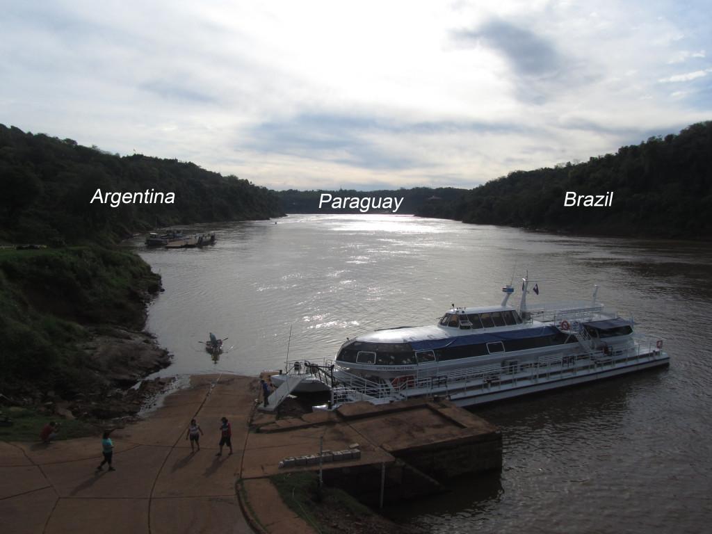 3 countries meet iguazu