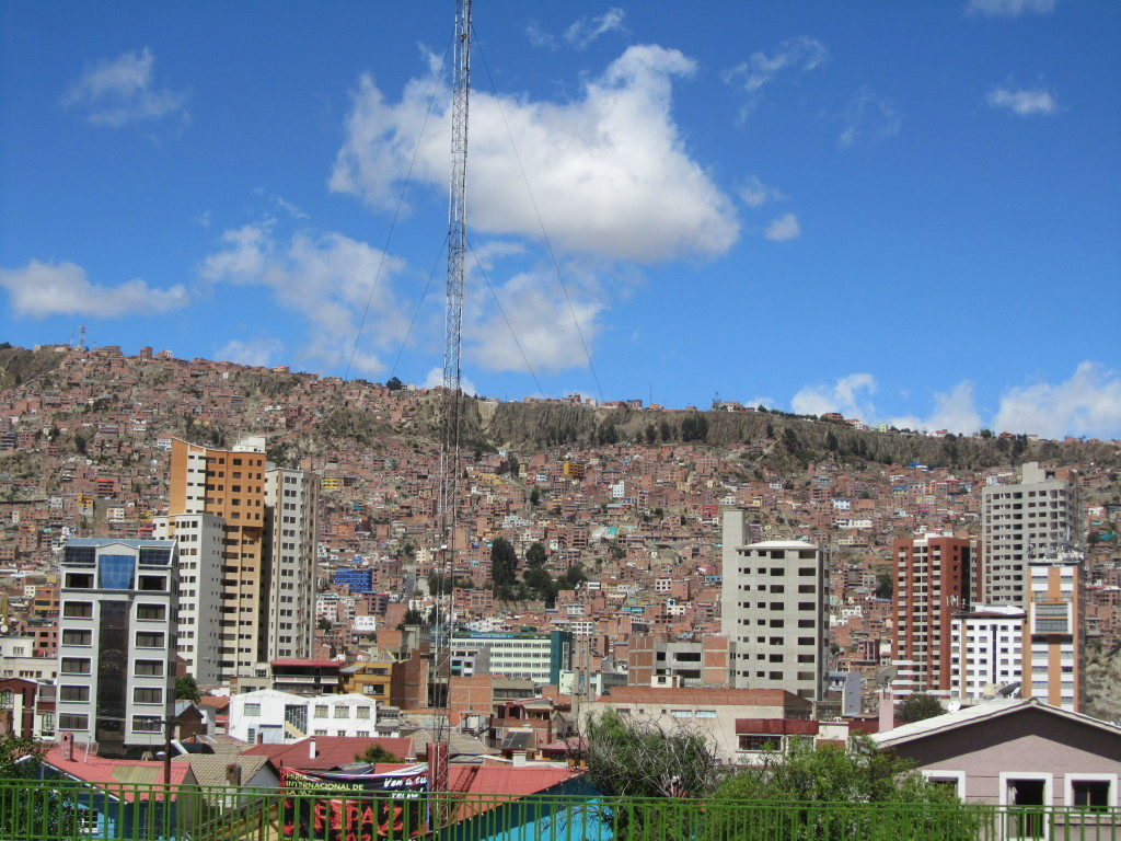 la paz hillsides with rows of buildings